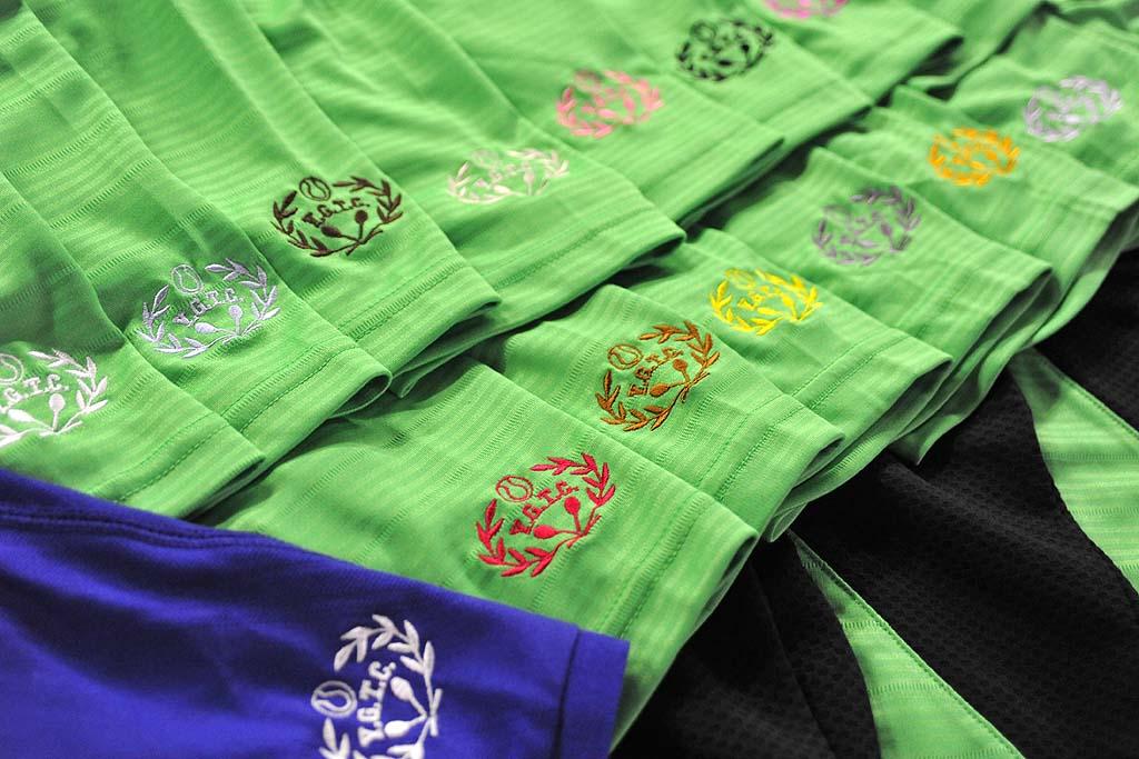 横浜ガーデンテニスクラブ様テニスウェアへのロゴ刺繍
